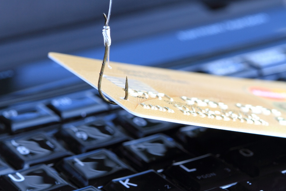 8 Popular Phishing Scams Currently Happening - Featured Image