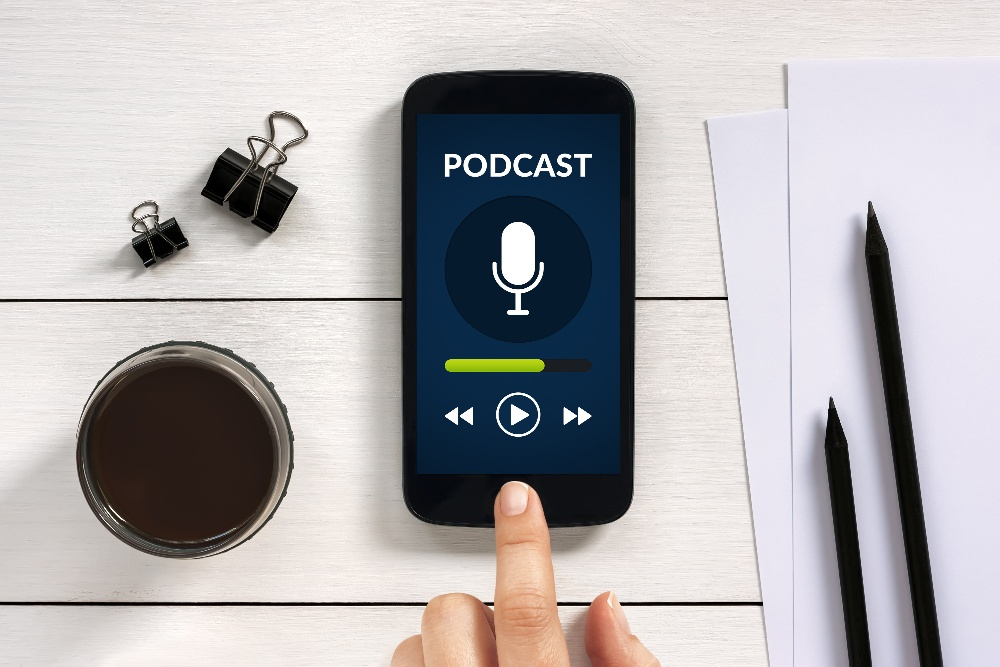 4 Cloud and IT Podcasts You Should Be Following - Featured Image